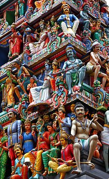 220px-Sri_Mariamman_Temple_Singapore_3_amk