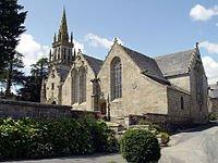 L'église et le calvaire bretons de Kergrist