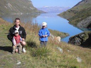 Septembre 2006 Lénaël, Timo et Nolan près du lac de Moiry